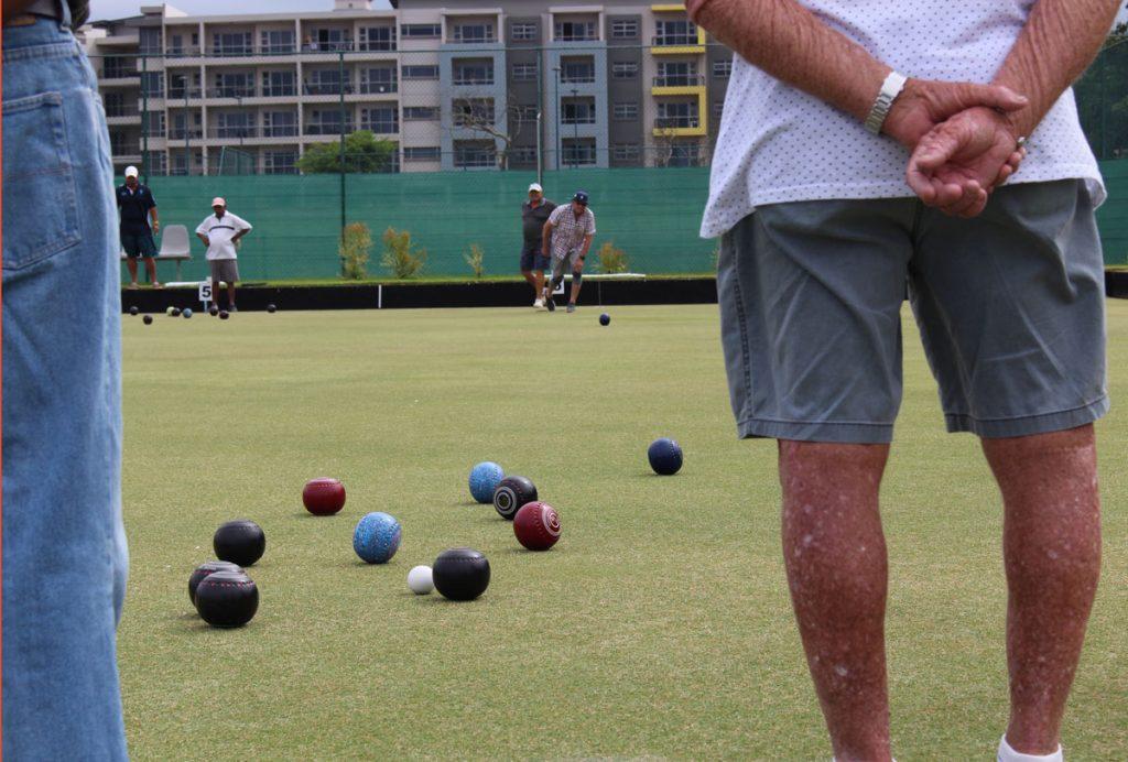 bowls club Umhlanga coloured bowls