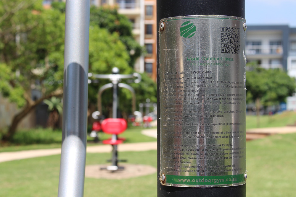 outdoor gym in Umhlanga – plaque